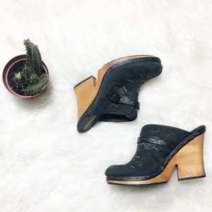 Madeline Courduroy Mules